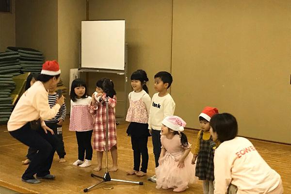 EQWELチャイルドアカデミー クリスマス発表会